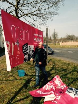 Hängung des Banners